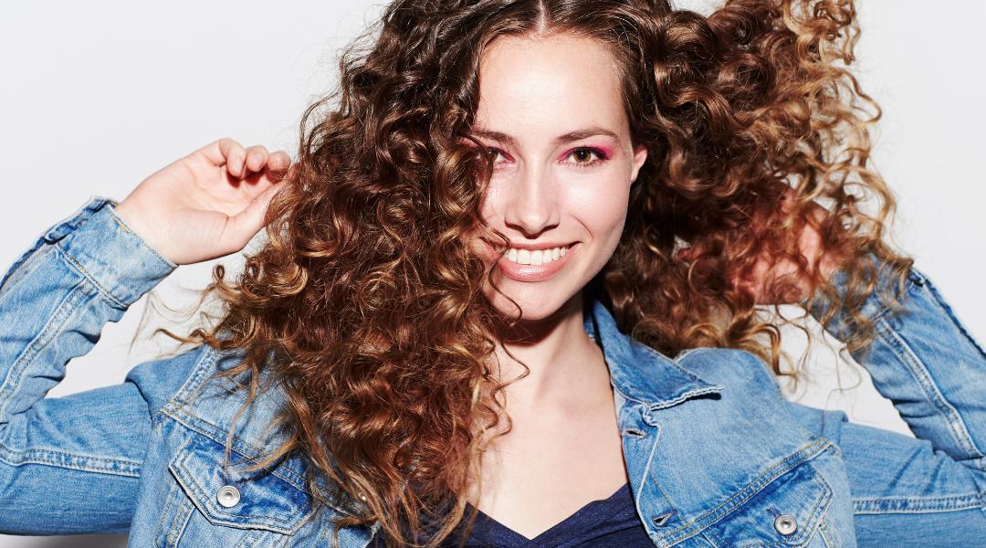 Conoce la línea Curl Therapy de Glossco apta para el método curly